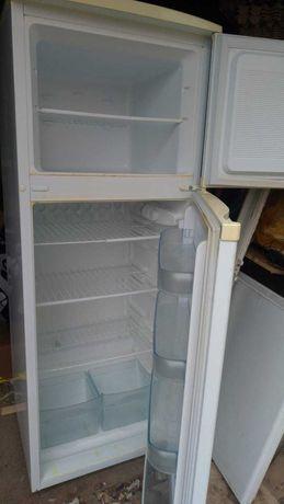 Холодильник хорошее состояние б.у