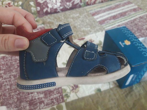 Детские сандали размер 21