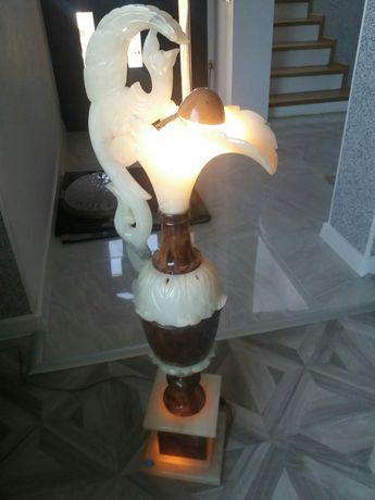 Lampa din piatra onix