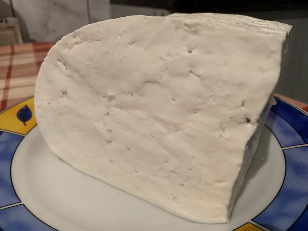 Vand telemea de bivolita lapte bivolita oua de casa carne bde vițel