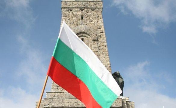 Български знамена полиестерна коприна.Произведени в България