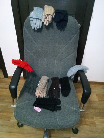 Продам зимние теплые перчатки