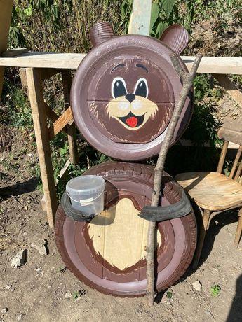 Резиновый Мишка, Мишка из покрышек