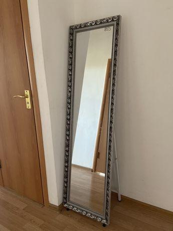 Зеркало в отличном состояний