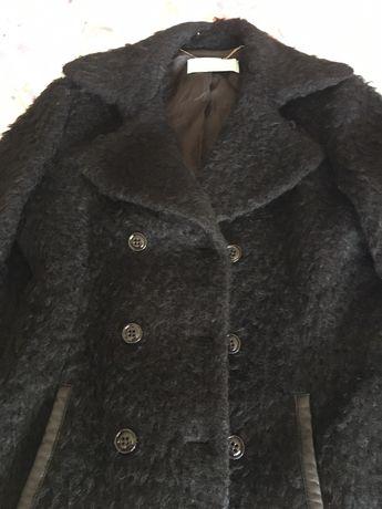 Vând palton lâna si mohair