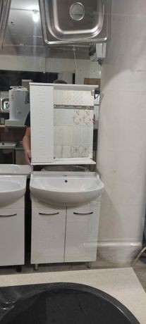 Раковина с тумбой для ванной комнаты