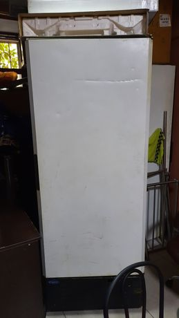 Холодильник производственный