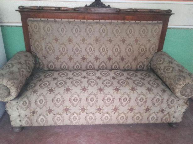 Vand divan vechi