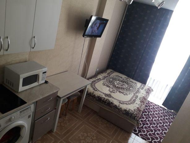 посуточно сдается свежая 1 комнатная квартира в районе Победы.