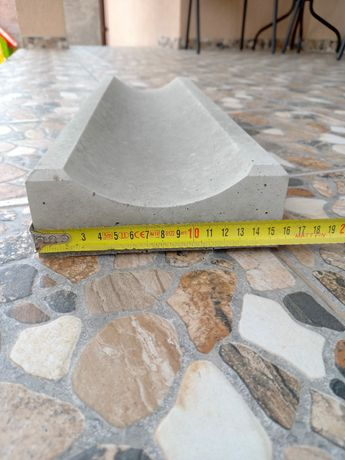 Rigole beton+piatra aparenta