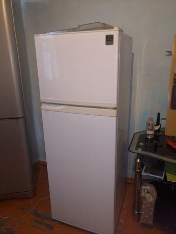 Холодильник Samsung 2 камерный