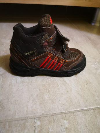 Ghetuțe Adidas Goretex