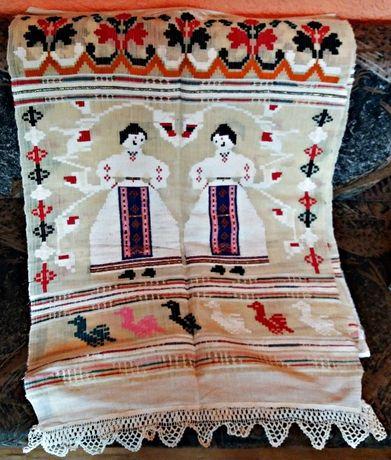 Автентични старинни покривки/кърпи