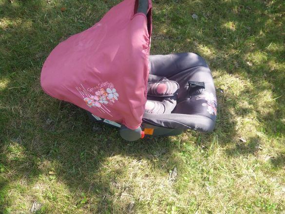 Бебешко столче (кошница) за кола Bertoni