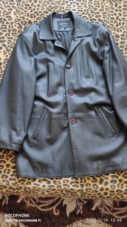 Продам кожаную мужскую куртку (турция]