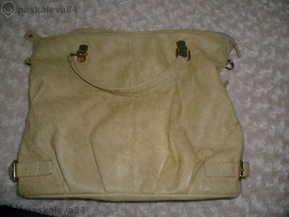 Нова голяма дамска чанта в кремав цвят