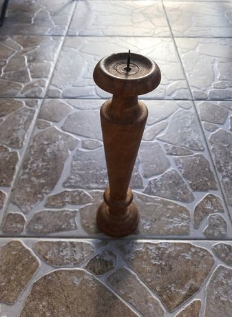 Ръчно изработен свещник от орех / рустик стил