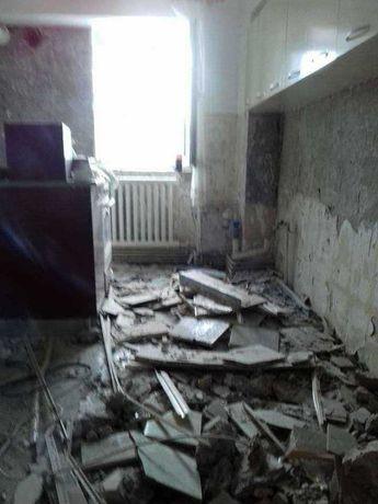Decopertari gresie faianța Demolari Taiere Taiat pereți beton armat