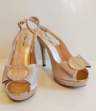 Шикозни сатенени официални дамски обувки, р-р 39, само 42лв!