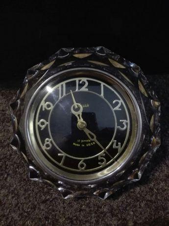 ceas rusesc cu carcasa din cristal