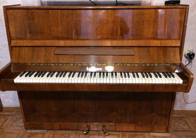 Продам Пианино Срочно!