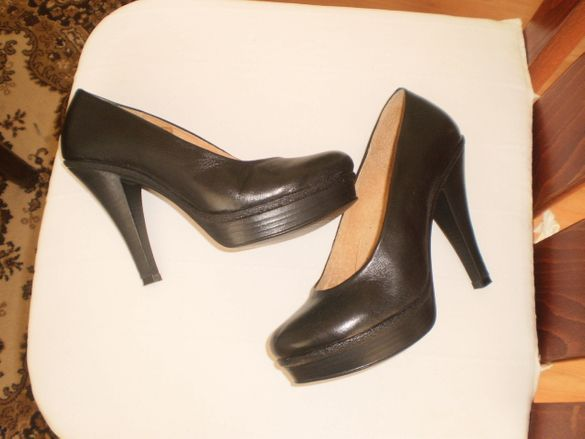 Ортопедични обувки от естествена кожа