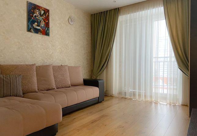 Сдам 3-- комнатную квартиру на длительный срок. Район 7 поликлиники.