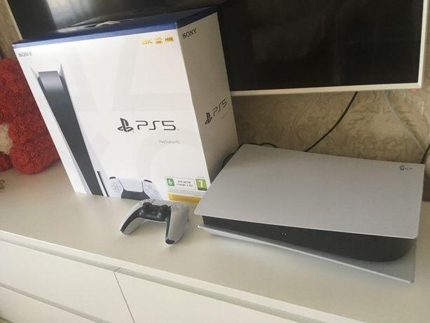 Продам новый Playstation 5