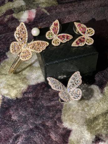 Set bijuterie fluturaș