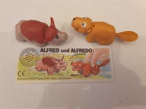 Colecții-complete-jucării-kinder-broscute-catelus-pasari-maimute
