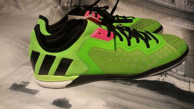 Adidas sala boost