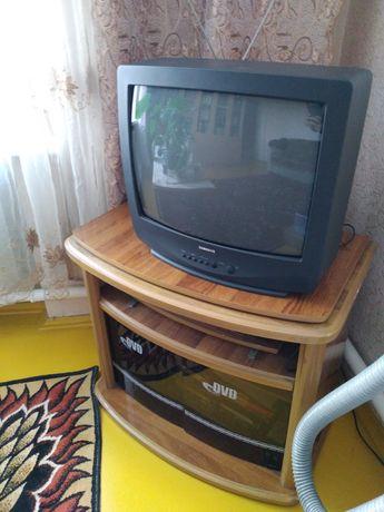Продам телевизор Самсунг вместе с тумбочкой