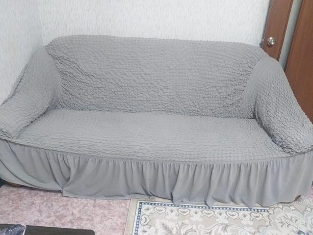 Срочно продам диван в гостиную