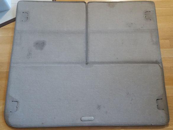 Продавам постелка (мокет) за багажник на Рено Меган Гранд Сценик II