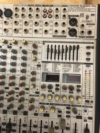 Vand mixer Behringer sl 3242 fx 24 canale si doua procesoare de voce