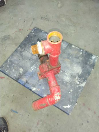 Водна помпа за течности