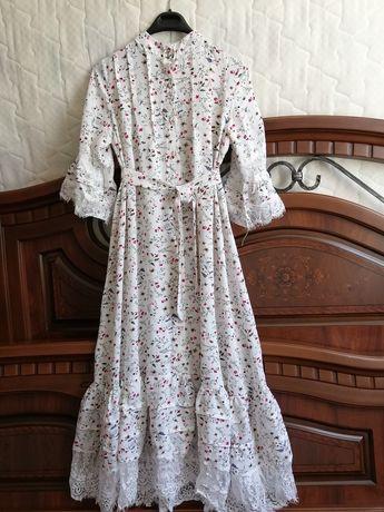 Продам красивую платье