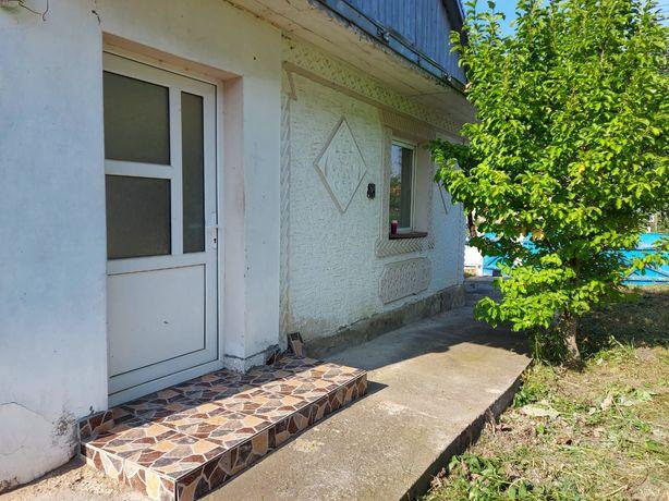 Vând casă plus teren 1000 mp în comuna ipotesti județul Suceava
