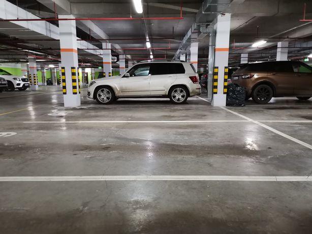 Сдам в аренду паркинг. Экспо бульвар-3.