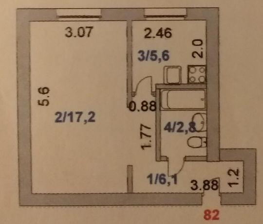 Продам 1 комнатную квартиру в центре.