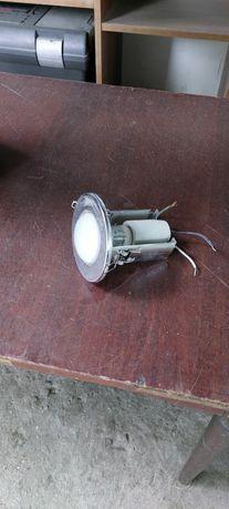 Продам точечные светильники