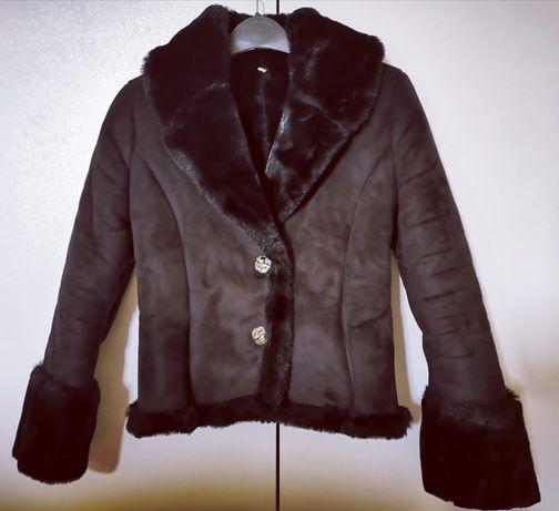 Елегантно дамско палто S