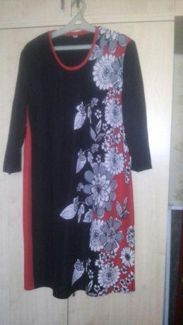 Продам платье 56 размера