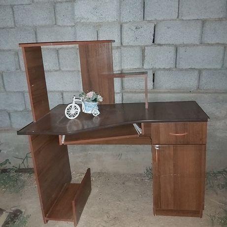 Компьютерге стол