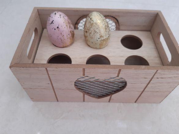 Поставка за яйца и подложки
