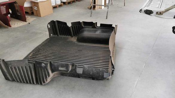 Пластмасово корито, дъно за пикап Mitsubishi L200 2000 г.