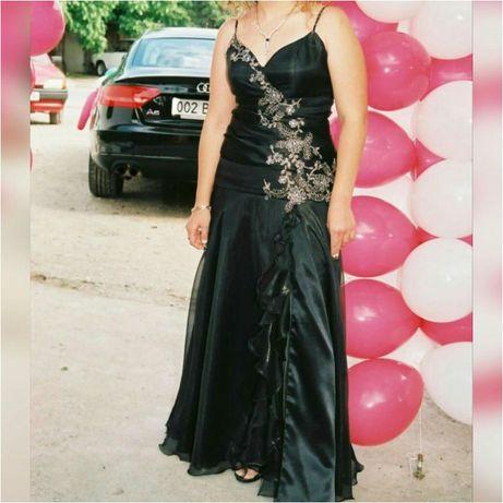 Бална рокля и обувки, чанта подарък