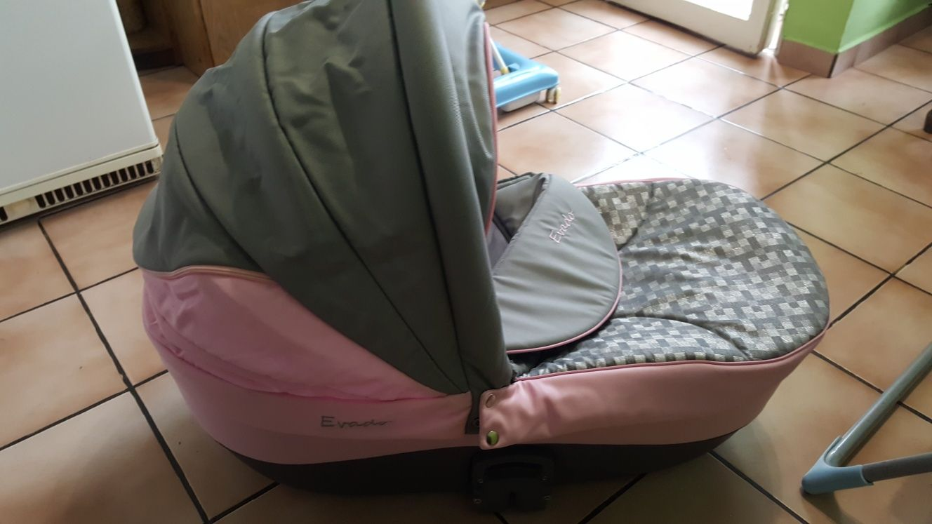 Бебешка количка Evado 2 в 1