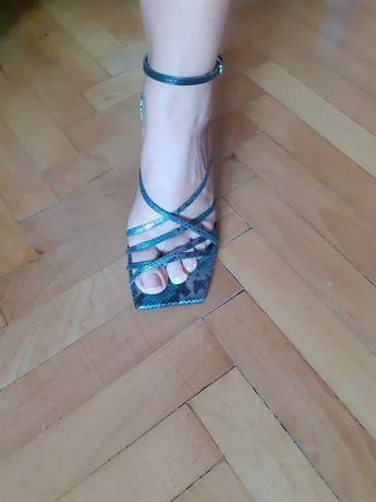 "Sandale""ZARA"" mărimea 36 NOI!"