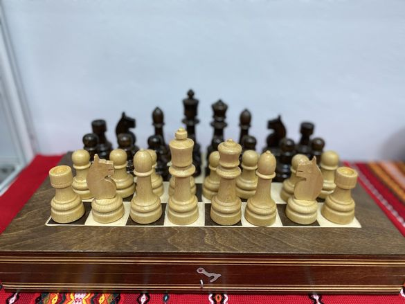 Фигури за шах .